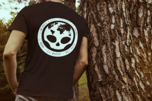 Mockup tee shirt DISTORSION